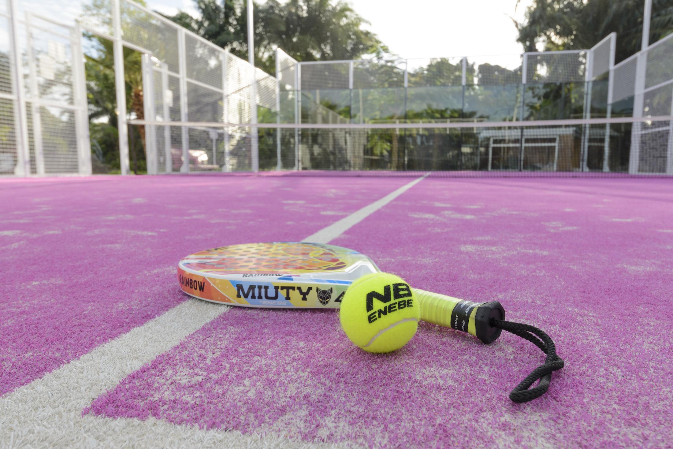 Terrain de Padel Tennis de l'Hôtel du Parc de Port-Gentil - Eden SPort
